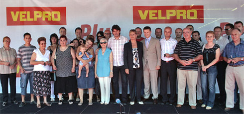 "14 cars from prize competition of VELPRO centres and ""Plus markets"" delivered"