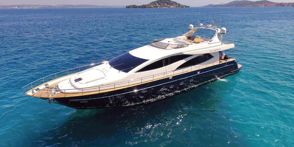 Motorized yacht Riva 85 Opera owned by Agrokor is available